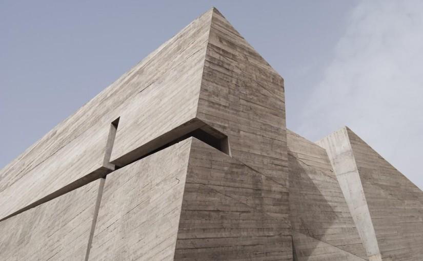 Modern templom – minimál a javából egy hagyományos funkciójú épületben
