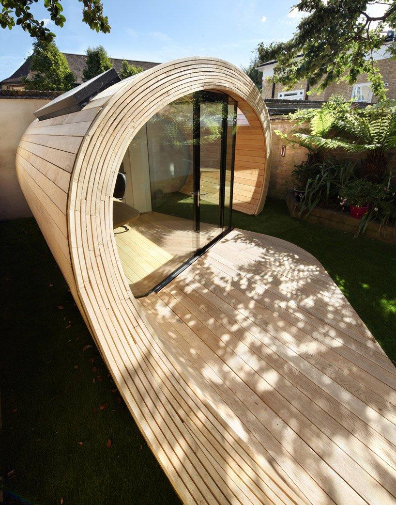 Kis iroda és egy kerti tároló